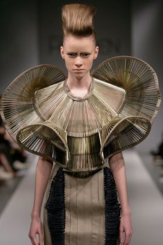 iris van herpen: queen elizabeth future punk road warrior haute couture