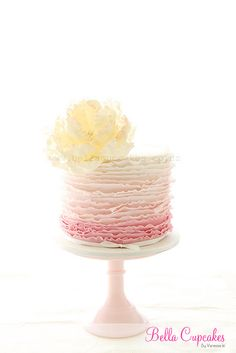 Ruffle & Peony cake