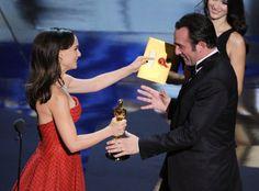 #Oscar #Oscars Natalie Portman and Jean Dujardin