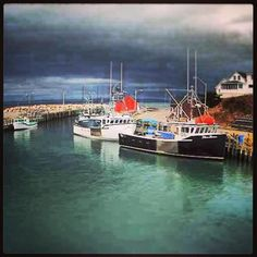 Hall's Harbour at high tide. The Bay of Fundy-the world's highest tides.