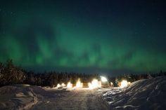 Cette année quand les 12 coups de minuit retentiront, vous serez en Laponie finlandaise en train de fêter la Saint Sylvestre dans la plus pure tradition same ! Extension possible à l'Arctic SnowHotel.