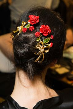 Dolce & Gabbana Fall 2015 Ready-to-Wear Fashion Show Beauty