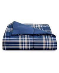 Used Martha Stewart comforter Brand new  for sale in New York - letgo
