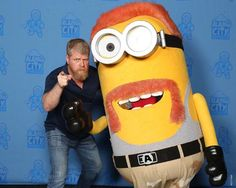 Michael Cudlitz at Alamo City Comic Con with an Abraham Ford Minion #accc2017 = @cudlitz #thewalkingdead #twd #thewalkingdeadseason7
