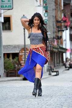 Ileana D'Cruz Is A Very Hot Dressing