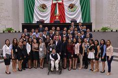 Contextos Regionales: Presentan integrantes del Parlamento de la Juventu...
