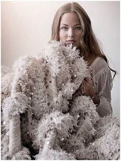 Come see our new pop up showroom, Marrakesh Design @bostondesigncenter. Boston interior designers, drop off your business card for a chance to win a sparkling Moroccan wedding blanket! It might be your lucky day….