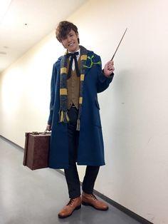 Mamoru Miyano as Newt Scamander. This gives me life!