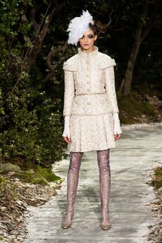 Chanel Spring 2013 Couture Runway - Chanel Haute Couture Collection - ELLE