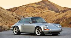 Singer Porsche 911 Silver: Nummer Vier lebt | Classic Driver Magazine
