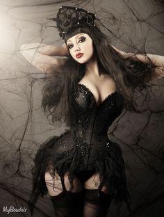Model: Dani DivinePhoto: My Boudoir - Make-Over Boudoir PhotographyCorset: Royal Black Couture & CorsetryCrown: Mystic Thread