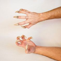Sabretooth/Beast/Monster/Teen Wolf/Werewolf/Venom Claws - Comfortable and Easy to Apply! Teen Wolf Werewolf, Creepy Hand, Yennefer Of Vengerberg, Hand Reference, Drawing Reference, Cosplay, Art Journal Inspiration, Art Sketchbook, Monsters