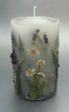 Handmade Candles, Diy Candles, Pillar Candles, Hurricane Candle, Candels, Candle Art, Lavender Candles, Candle Decorations, Beeswax Candles