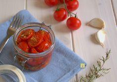 Conserva di pomodorini marinati, ricetta facile e sfiziosa