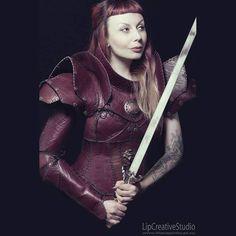 Model: Elenya Freya. Armoury and weaponry by House Wynford. Facebook: https://www.facebook.com/HouseWynford/