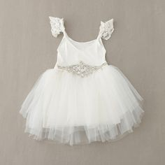 New 2016 girl dress spring and summer style baby girl clothes red dress tutu children Bud silk chiffon mini-Dress party dress Baby Outfits, Little Girl Dresses, Girls Dresses, Baby Dresses, Spring Dresses, Winter Dresses, Long Dresses, Tulle Flower Girl, Flower Girl Dresses