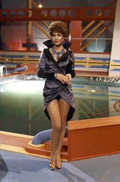 """Shiny pantyhose shot of actress Erin Gray as the villainous alter-ego of her character Colonel Wilma Deering from sci-fi TV series """"Buck Rogers in the Century"""". Erin Gray, Pantyhose Outfits, Tan Pantyhose, Pantyhose Skirt, Nylons, Female Actresses, Actors & Actresses, Buck Rodgers, Science Fiction"""