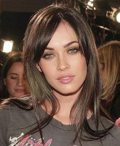 Megan Fox Hair, Megan Denise Fox, Megan Fox Makeup, Brunette Beauty, Hair Beauty, Megan Fox Pictures, Corte Y Color, Beautiful Eyes, Beautiful Women