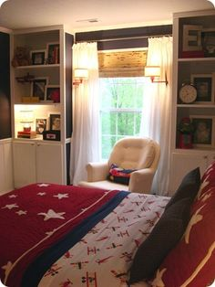 Built-in bookcases in bedroom...for guest room