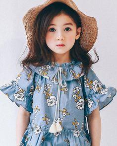 Phát hiện thiên thần lai mới có thể soán ngôi loạt báu vật nhan sắc của showbiz Hàn - Ảnh 14. Beautiful Little Girls, Cute Little Baby, Cute Baby Girl, Beautiful Children, Baby Girl Dress Patterns, Baby Dress, Baby Girl Fashion, Kids Fashion, Korean Babies