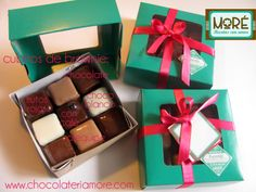 cajita de regalo con 9 cubitos surtidos Brownies, Chocolate, Gift Wrapping, Gifts, Cubes, Gift, Tent, Recipes, Gift Wrapping Paper