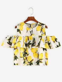SheIn offers White Lemon Print Cold Shoulder Ruffle Top & more to fit your fashionable needs. Plus Size Shirts, Lemon Print, Inspiration Mode, Spring Fashion Trends, Hot Outfits, Just In Case, Blouses For Women, Casual Shirts, Ideias Fashion