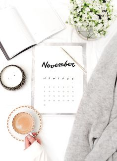 Flatlay With A Calendar Flat Lay Inspiration, College Problems, Flat Lay Photos, Photo Grid, Flat Lay Photography, Product Photography, Food Photography, Web Design, Design Studio
