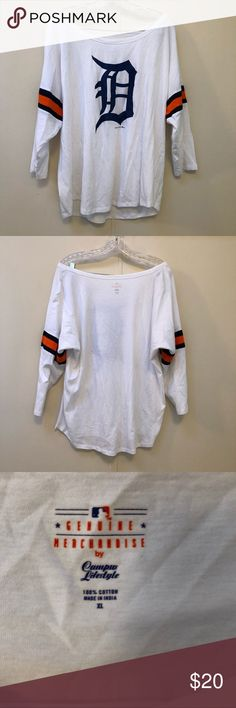 Detroit Tigers Drop Dolman Sleeve Top Glitter XL Detroit Tigers Drop Dolman Sleeve Top Glitter XL  Never Worn. Excellent Condition.   Measurements laying flat Bust 24 inches  Length 26 inches Detroit Tigers Tops