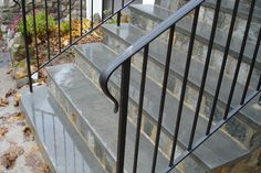 Traditional Railings - Custom ironwork located in Connecticut (Black Porch Step) Porch Handrails, Outdoor Stair Railing, Front Porch Railings, Iron Handrails, Front Porch Steps, Garden Railings, Front Walkway, Modern Staircase Railing, Exterior Stair Railing