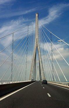 Beautiful bridge on a beautiful day.