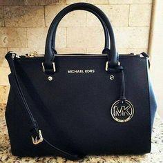 Michael Kors Bag 100% Authentic Michael Kors Tote Bag* brand new with tag!. Michael Kors Bags Totes