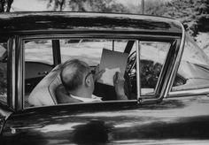 Non è un segreto che Lolita, il capolavoro di Nabokov, sia per me uno dei libri più belli della storia della letteratura. A causa degli spinosi argomenti di cui tratta, è anche uno dei libri più fr…
