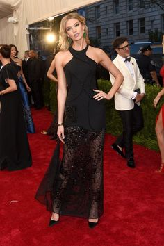Karlie Kloss | Here's What The Stars Wore To The 2015 Met Gala
