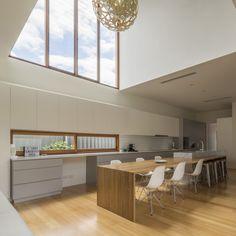 บ้านหลังใหม่ได้กลายเป็นความทรงจำด้วยต้นไม้เรียงรายที่เงียบสงบ   fPdecor.com   ศูนย์รวมแบบบ้านฟรี และตกแต่งภายใน