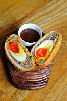 Scotch Egg Challenge - Thatched House Scotch egg from http://LondonTown.com