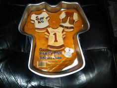 Wilton Jersey Cake Pan Football Shirt T Shirt Cake Tin