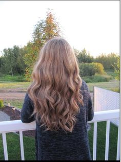 Beautiful curls-- for a night out! Definitely a good hair day if I can look like this. @Influenster & @Terry Cammack Hair