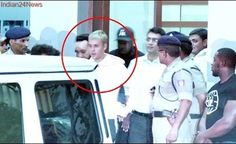 Justin Bieber ARRIVES In India, Mumbai Airport FOOTAGE | Crowd Goes Crazy | Purpose Tour India 2017