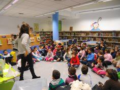CAMBRILS. Visita de 3r de primària de l'Escola Marinada. Joc de lectura
