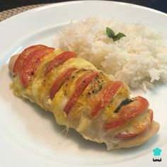 Baked Caprese Chicken Recipe , This recipe from baked caprese chicken It is perfect for when you want a change when preparing this type of meat or you are looking for a preparation . Pollo Caprese, Baked Caprese Chicken, Baked Stuffed Chicken, Baked Chicken Breast, Easy Cooking, Cooking Recipes, Healthy Recipes, Healthy Food, Clean Chicken