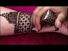 latest mordern bridal henna mehndi design for full hands Mehandhi Designs, Latest Arabic Mehndi Designs, Indian Mehndi Designs, Full Hand Mehndi Designs, Henna Art Designs, Mehndi Designs For Beginners, Modern Mehndi Designs, Mehndi Design Photos, Mehndi Designs For Fingers