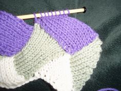 """Introduction to entrelac - or - """"the pattern is correct, even if it looks odd."""""""
