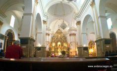 """#Málaga - #Marbella - Interior de la Iglesia de la Encarnación - 36º 30' 35"""" -4º 53' 2"""" / 36.509722, -4.883889  A la izquierda del templo, entrando por la puerta principal, se encuentra la capilla de la Inmaculada, a la que siguen, ya en el lateral de la nave, el altar del Cristo de la Paz, antiguo de las Ánimas y después de San Isidro; la capilla de Jesús Nazareno; el altar de la Virgen del Pilar; y, por último, junto al Altar mayor, la capilla de la Virgen de Fátima"""