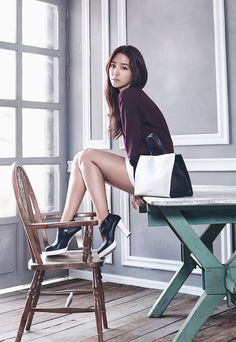 Park Shin Hye for Bruno Magli F/W 2015
