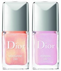 Dior Diorsnow Spring 2018 Collection contains a new and limited edition makeup items in rosy, lilac and peachy shades. There's also a new skincare product.