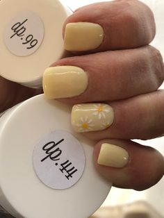 Sparkle and Company DP99 yellow with DP44 sparkle on the pinky. LOVE IT! #yellow Nails