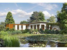 Bauhaus Bungalow - Wohnen Sie im Einklang mit der Natur durch helle Fassaden und integriertes Holz #Einfamilienhaus von Haacke Haus GmbH + Co. KG   HausXXL #Fertighaus #Winkelbungalow #Bauhausstil #Flachdach