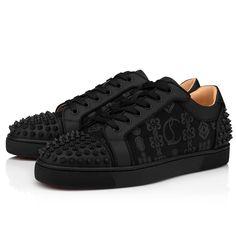 Black Flats, All Black Sneakers, Louboutin Online, Red Sole, Black Models, Men's Shoes, Shoes Men, Grosgrain, Casual Shoes