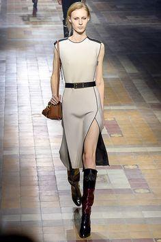 Lanvin - Fall 2015 Ready-to-Wear - Look 2 of 53