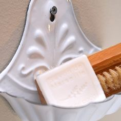 Seifenschale Emaille zum Aufhängen von Ib Laursen, 10,90 €